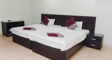 Kordam Hotel - Deluxe Twin Bedroom